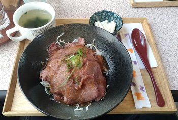 004-lunch.jpg