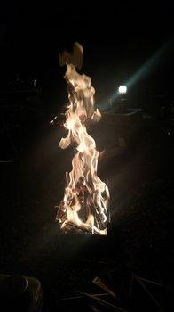 071-fire.jpg